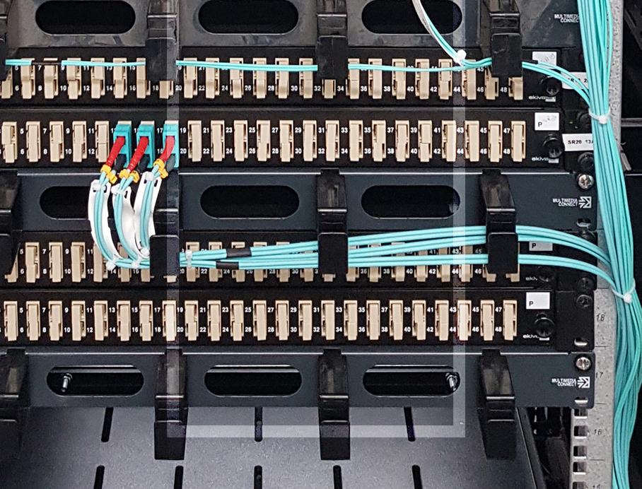 Câblages de serveurs informatiques