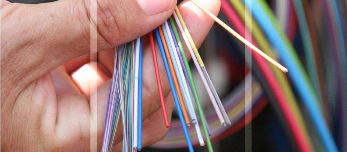 Installation de toutes vos connectiques : câblage cuivre et fibre optique